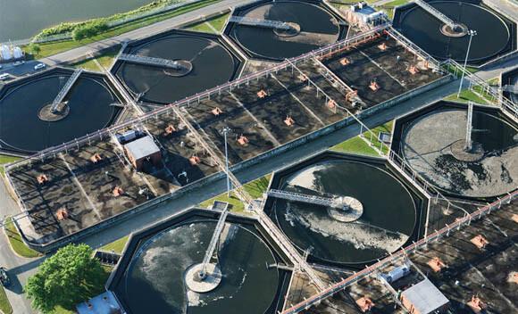 bakterie przemieniajace scieki w czysta wode i elektrycznosc