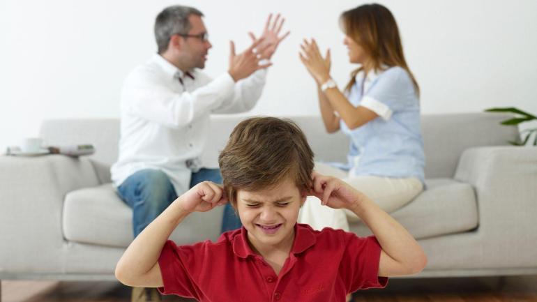 bycie swiadkiem przemocy domowej wplyw na dzieci
